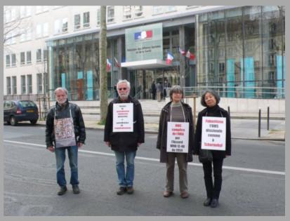 Les vigies devant le ministère de la santé – Paris – Mars 2014