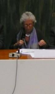 Françoise Bloch,  membre d'IndependentWHO Santé et Nucléaire, a clôturé le forum