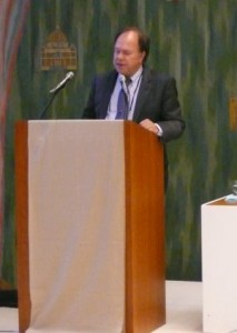 Dr Timothy Mousseau
