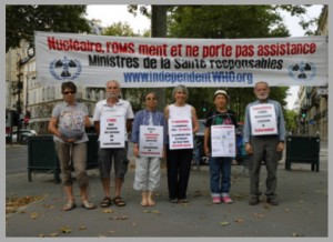 Les vigies devant le ministère de la santé – Paris – Juillet 2015