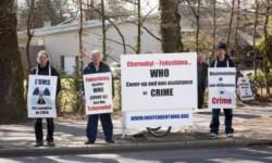 福島原発事故の被害者がWHO前で抗議